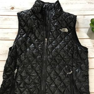 The North Face Jackets & Coats - The North Face Womens Quilted Vest Jacket Small